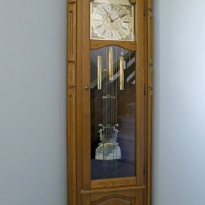 Clock in Barbele Boys School ''Roots and Wings''